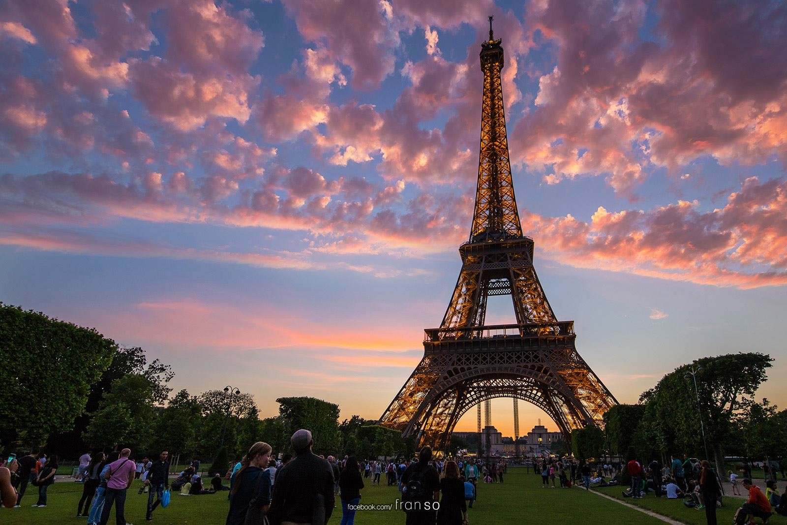 Cityscape | Oversea | Eiffel tower  | Sunset period