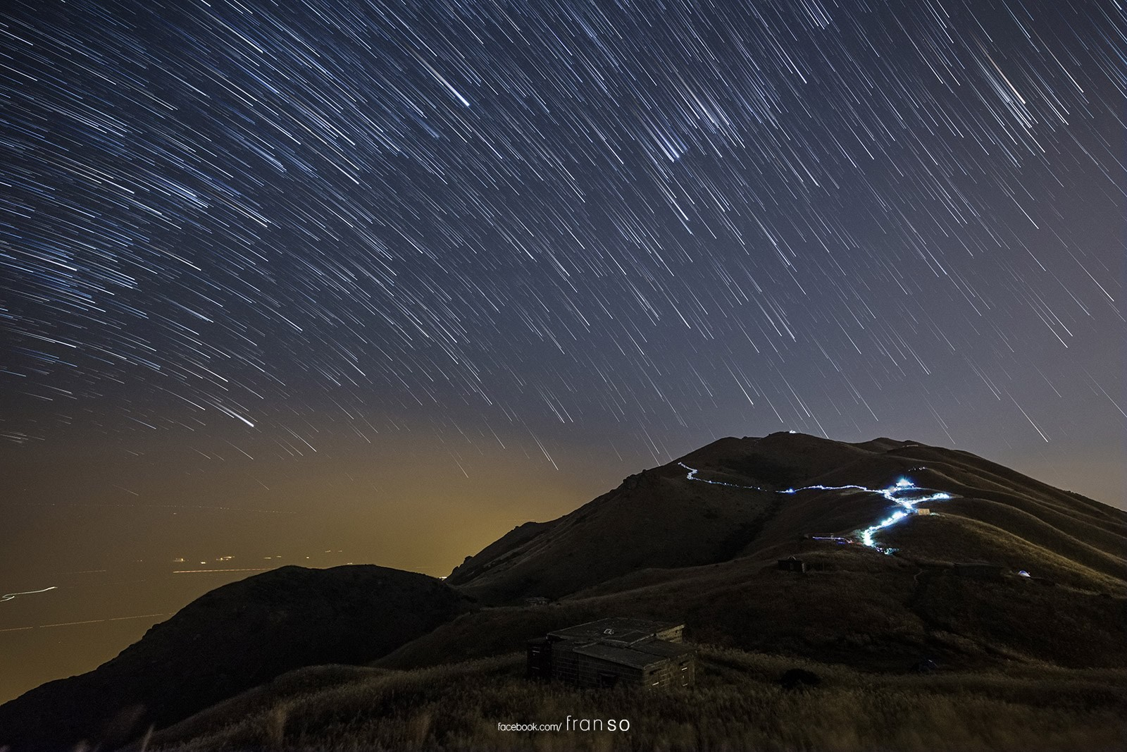 Starscape and Milkyway | Hong Kong | Sunset Peak startrail  | Lantau Camp