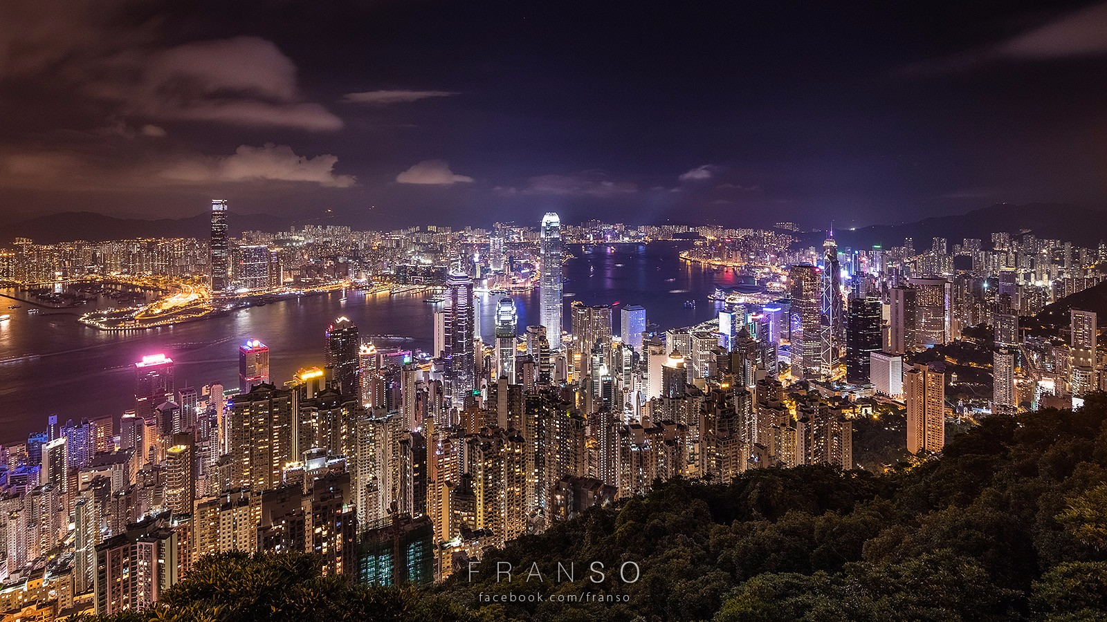 Cityscape | Hong Kong | Night Scene  | Lugard Road, Victoria Peak