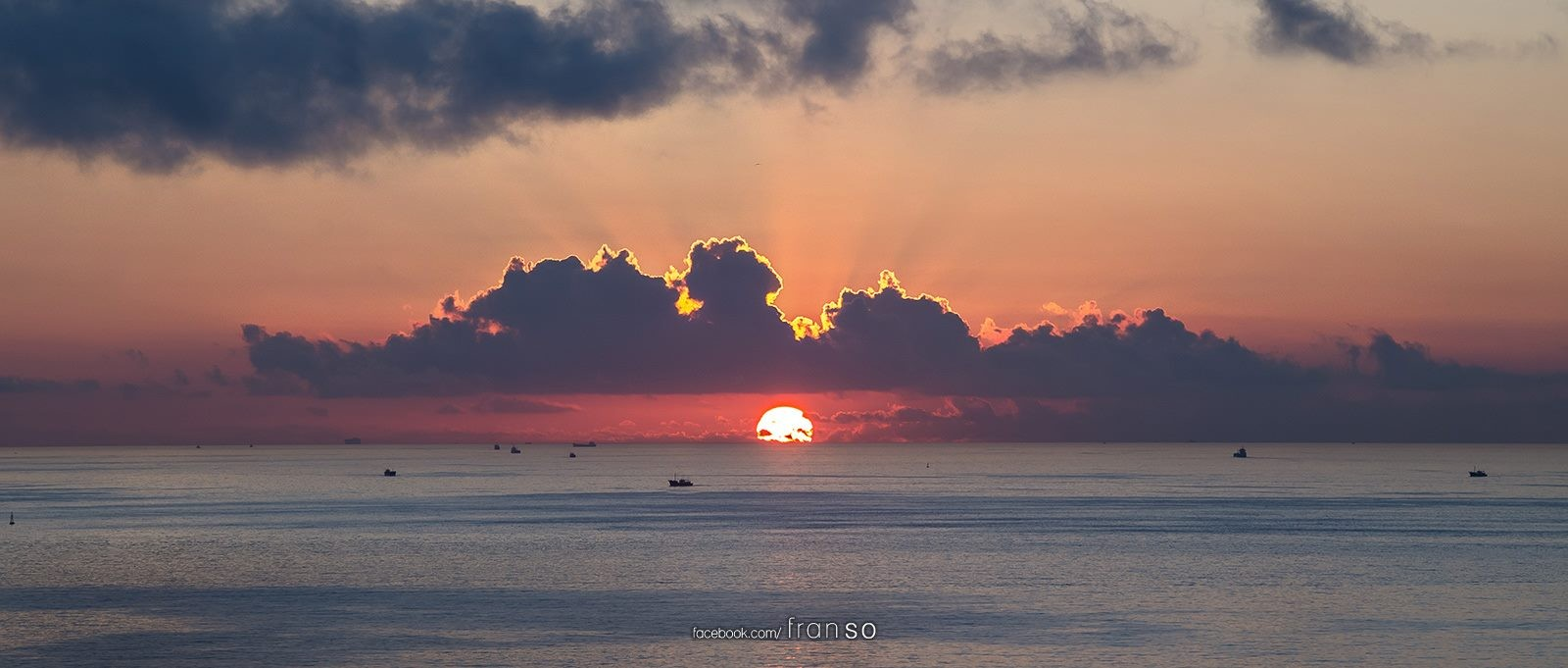 Landscape | Hong Kong | Sunrise  | rise on the sea
